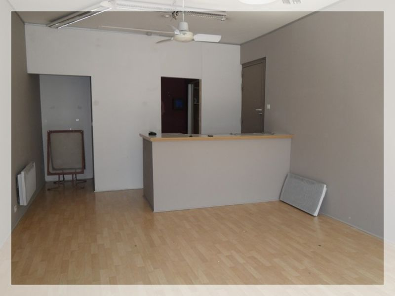 Location local commercial Ancenis 456€ HC - Photo 3