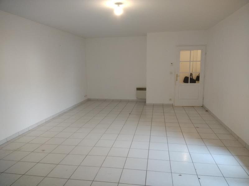 Location appartement Vendome 570€ CC - Photo 3