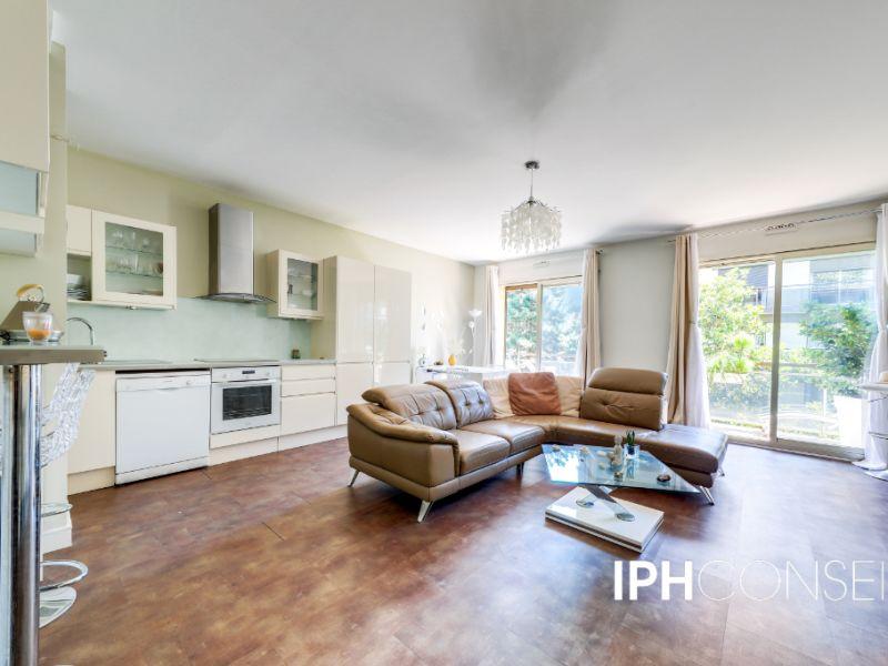 Sale apartment Neuilly sur seine 925000€ - Picture 2