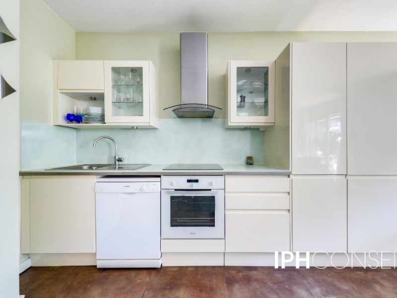 Sale apartment Neuilly sur seine 925000€ - Picture 5