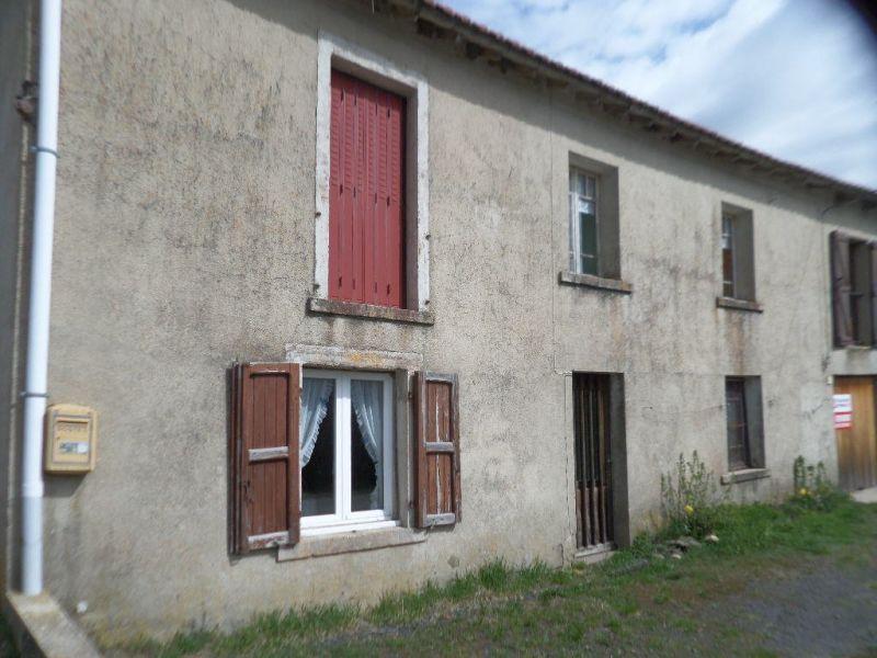 Sale house / villa Presailles 59700€ - Picture 9