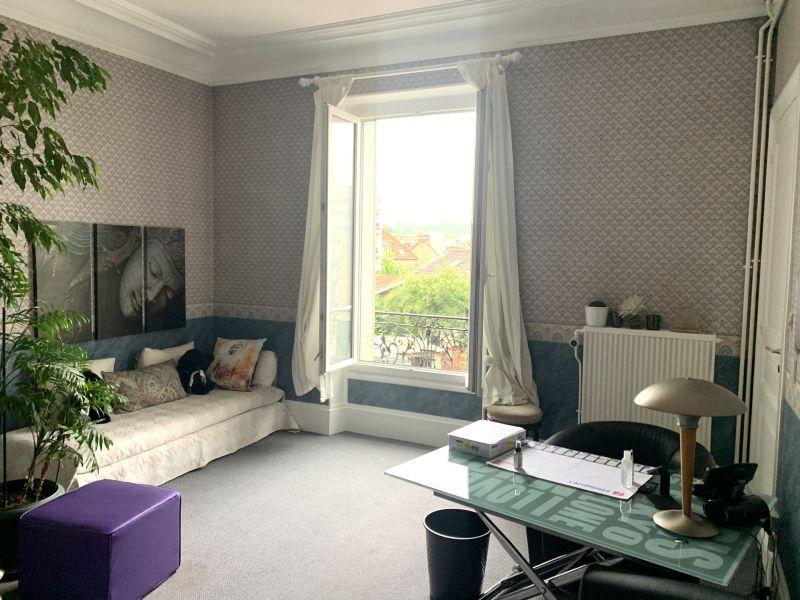 Sale apartment Villemomble 377000€ - Picture 2