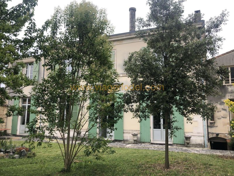 Life annuity private mansion Niort 765 000€ - Picture 2