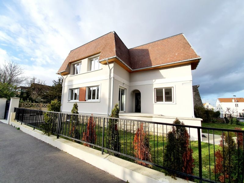 Vente maison / villa Villemomble 560 000€ - Photo 2