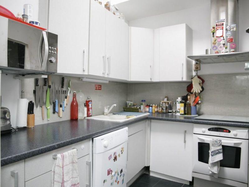 Sale apartment St genis les ollieres 219000€ - Picture 5