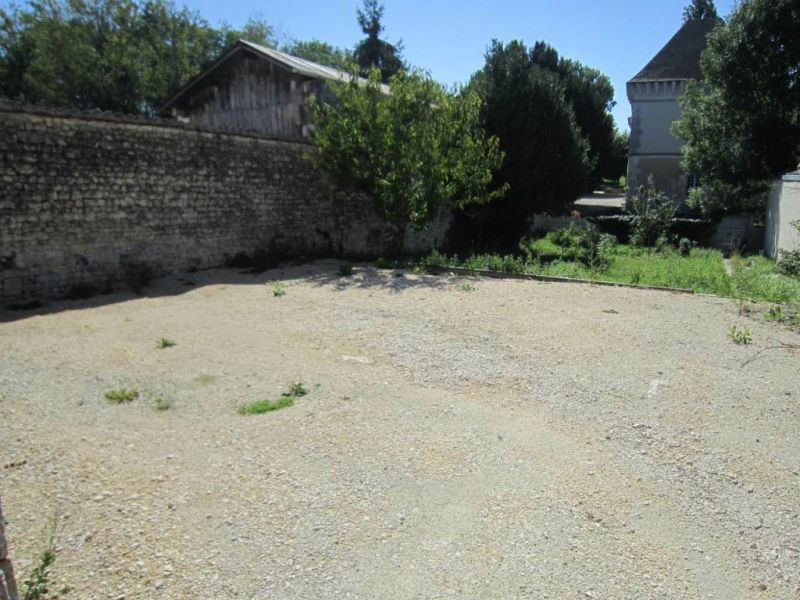 Location maison / villa Lignières-sonneville 523€ CC - Photo 1