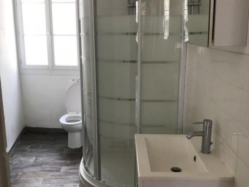Rental apartment Aix en provence 1124€ CC - Picture 3
