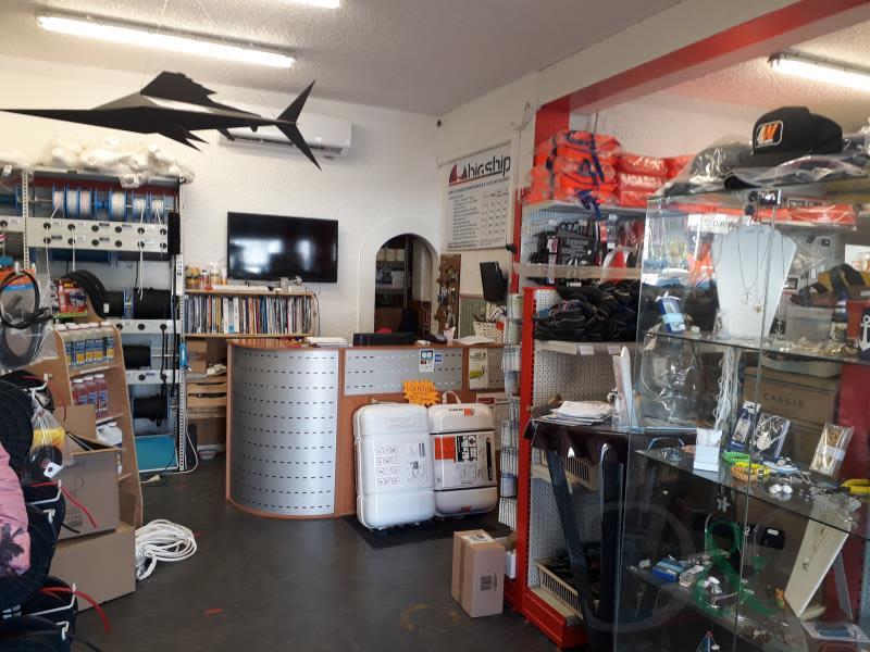 Sale empty room/storage Bormes les mimosas 185000€ - Picture 8
