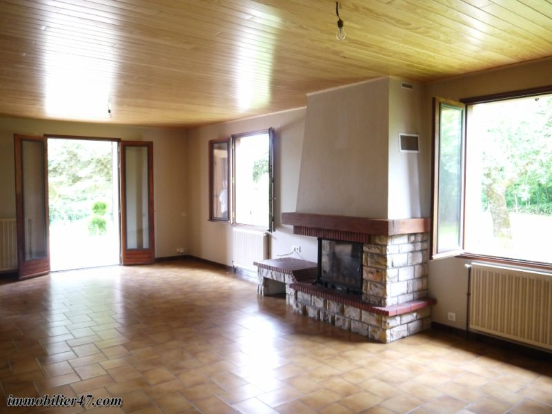 Vente maison / villa Castelmoron sur lot 160 000€ - Photo 2