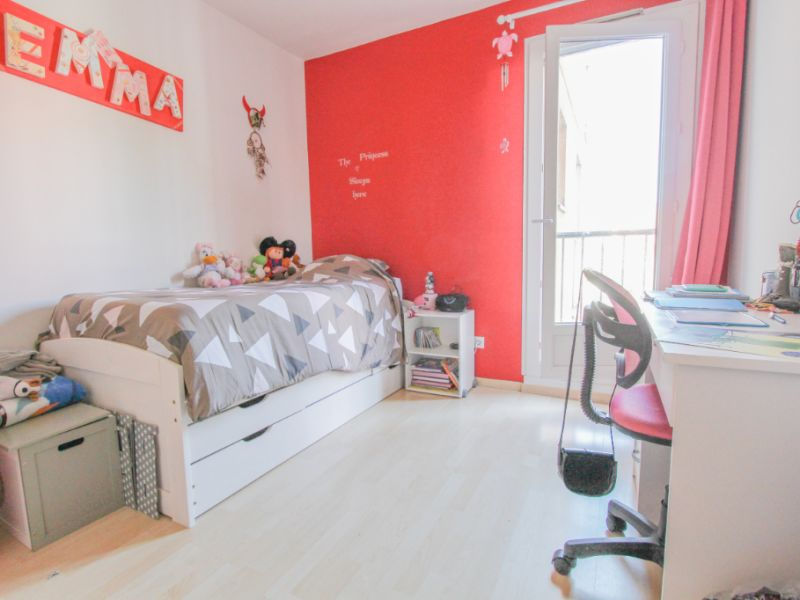 Sale apartment La ravoire 206000€ - Picture 3
