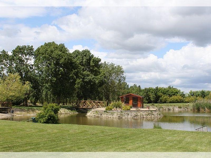 Vente maison / villa Saint herblon 597350€ - Photo 2
