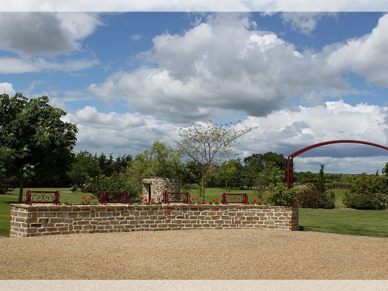 Vente maison / villa Saint herblon 597350€ - Photo 3