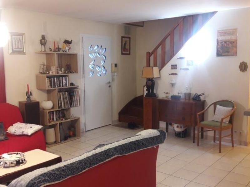 Vente maison / villa La chaussee st victor 256800€ - Photo 2