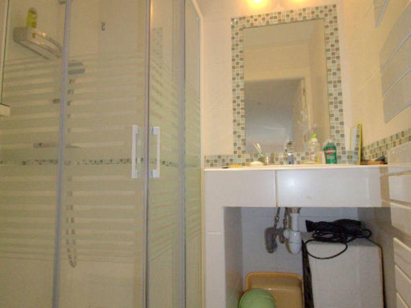 Sale apartment Saint laurent du var 547000€ - Picture 10