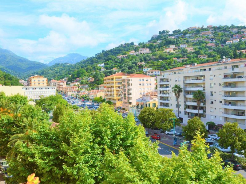 Sale apartment Menton 261 000€ - Picture 1