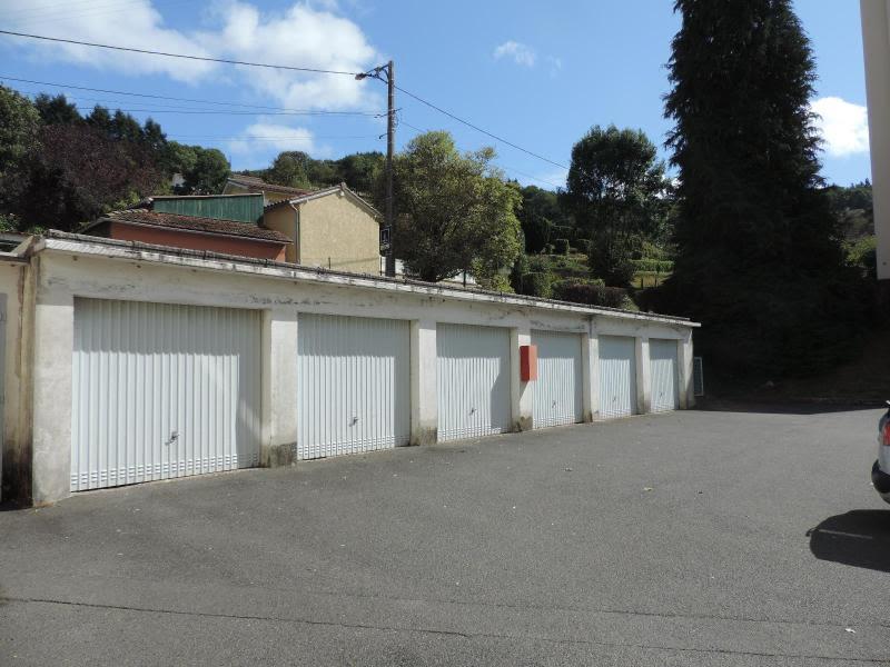 Location parking Tarare 52€ CC - Photo 1