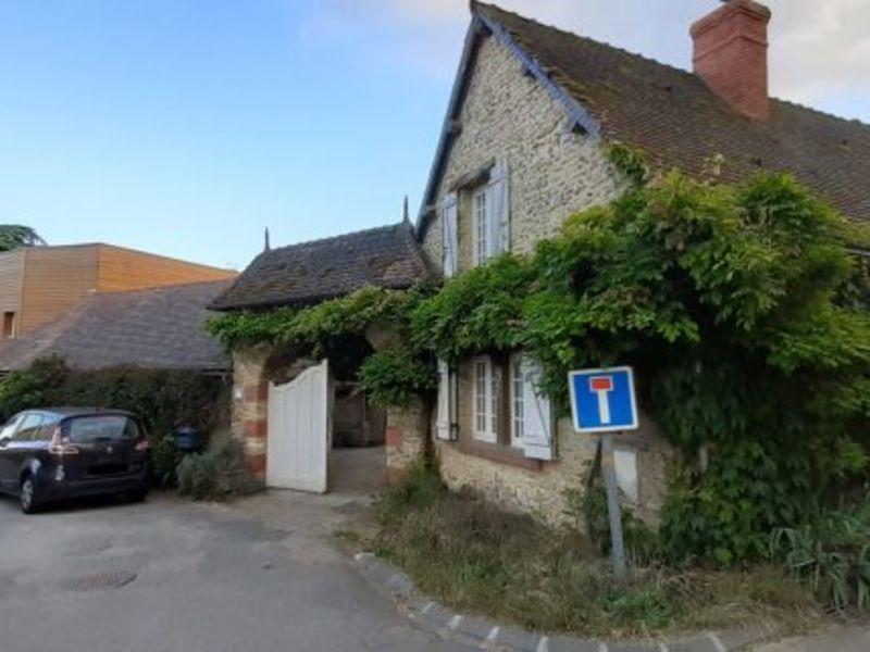 Sale house / villa Vexin sur epte 254000€ - Picture 1