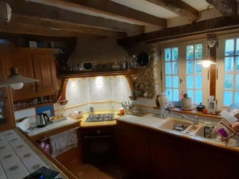 Sale house / villa Vexin sur epte 254000€ - Picture 5