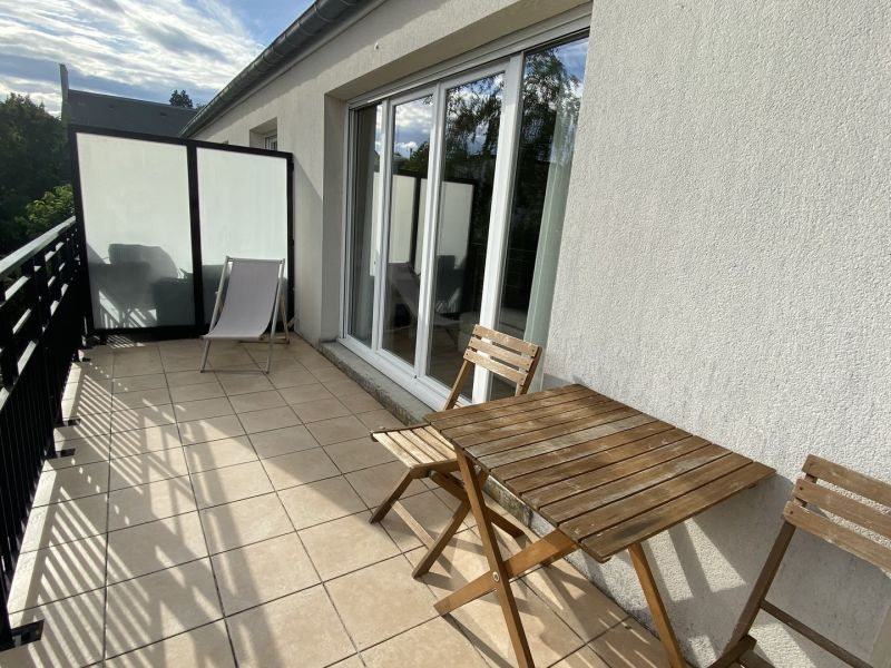 Sale apartment Gagny 369000€ - Picture 1