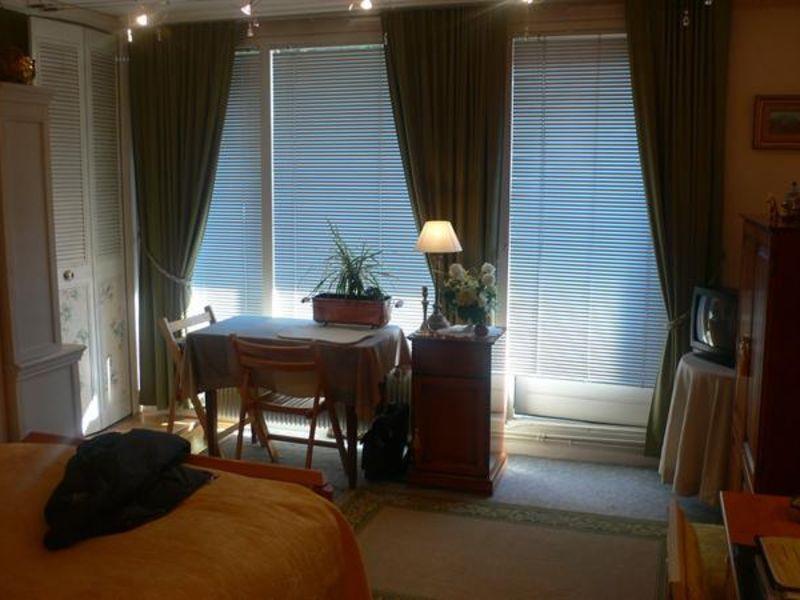 Sale apartment Lille 93000€ - Picture 2