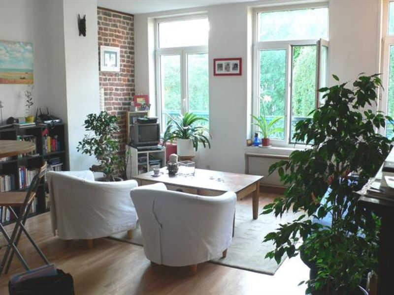 Sale apartment Lille 148 000€ - Picture 1