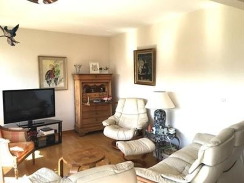 Sale apartment Lille 212 000€ - Picture 2