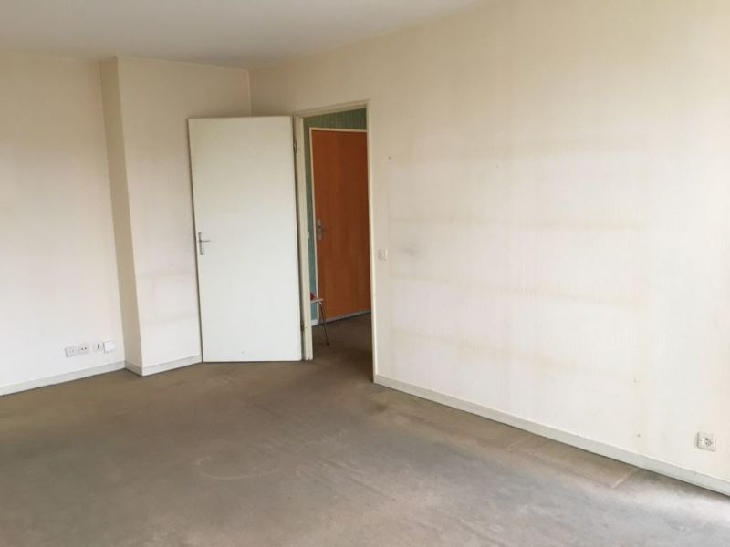 Sale apartment Lille 105 250€ - Picture 1