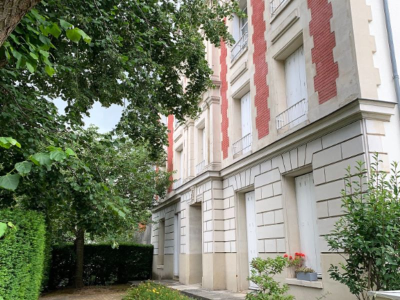 Sale apartment Montmorency 621 000€ - Picture 1