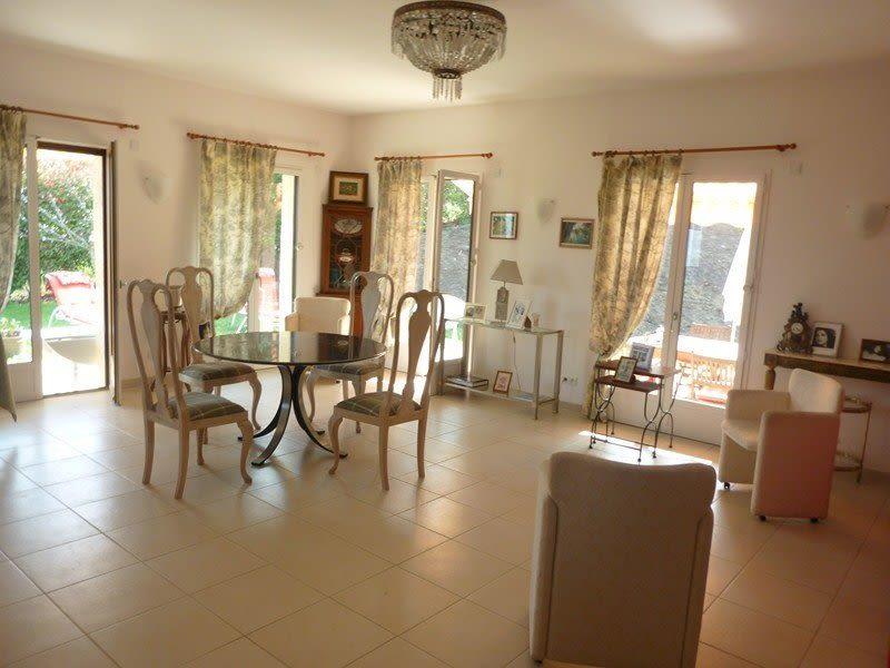Sale house / villa Saint-arnoult 760000€ - Picture 4