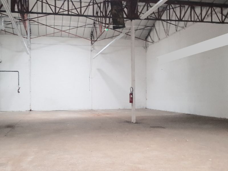 Location local commercial Quimperle 1600€ HC - Photo 1