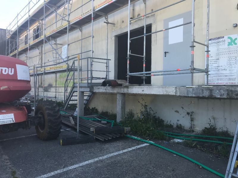 Location local commercial Quimperle 1600€ HC - Photo 3