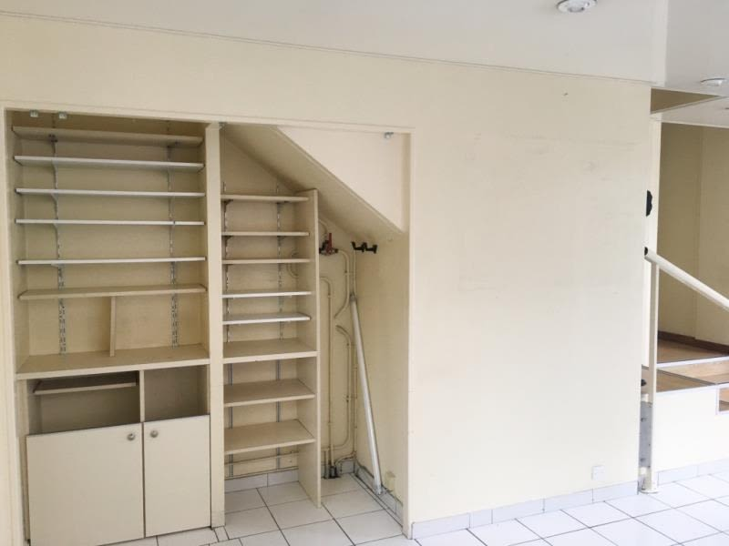 Rental empty room/storage Fougeres 600€ HC - Picture 4