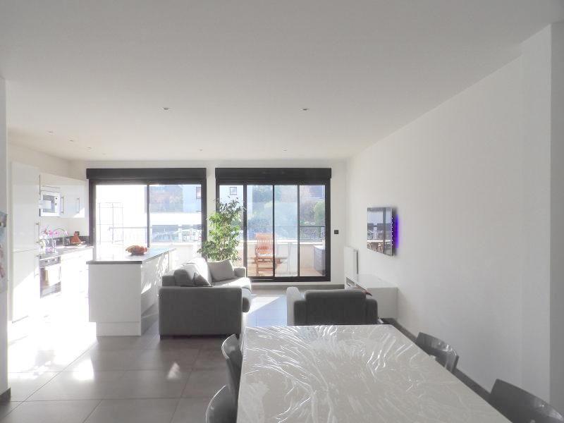 Sale apartment Noisy le grand 324000€ - Picture 2