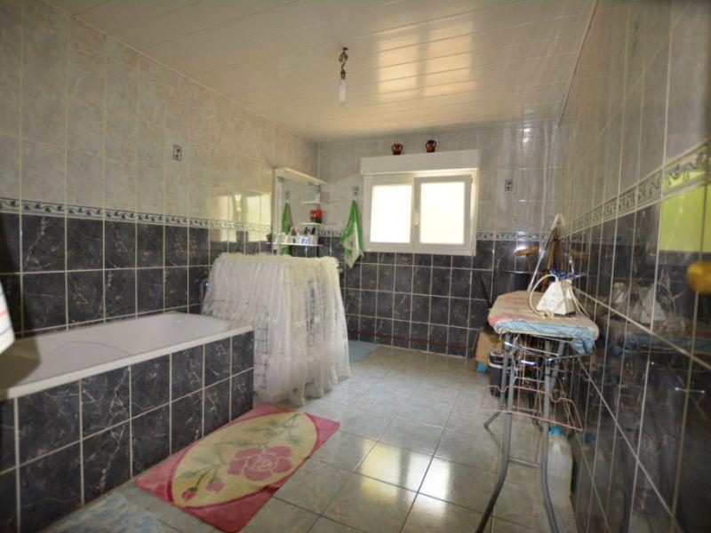 Vente maison / villa La chartre sur le loir 159840€ - Photo 6