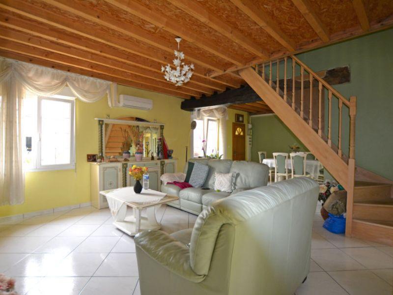 Vente maison / villa La chartre sur le loir 159840€ - Photo 9