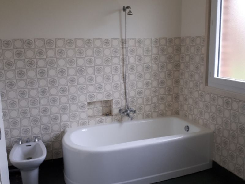 Location maison / villa Omissy 851€ CC - Photo 12