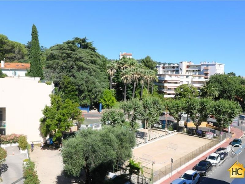 Sale apartment Cannes 199 000€ - Picture 1