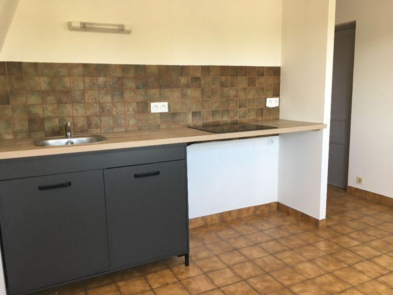 Rental apartment Renaze 290€ CC - Picture 1