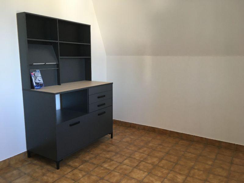 Rental apartment Renaze 290€ CC - Picture 2
