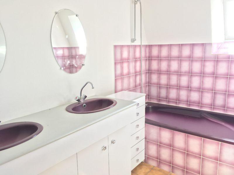 Rental apartment Renaze 290€ CC - Picture 4