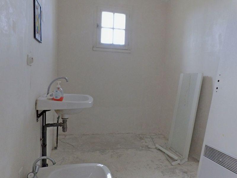 Vente maison / villa Craon 81000€ - Photo 5