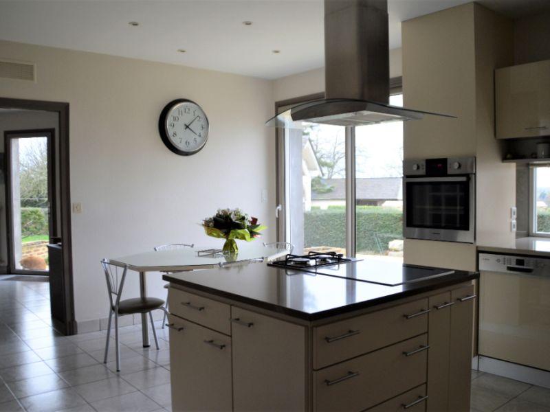 Vente maison / villa Craon 332800€ - Photo 3