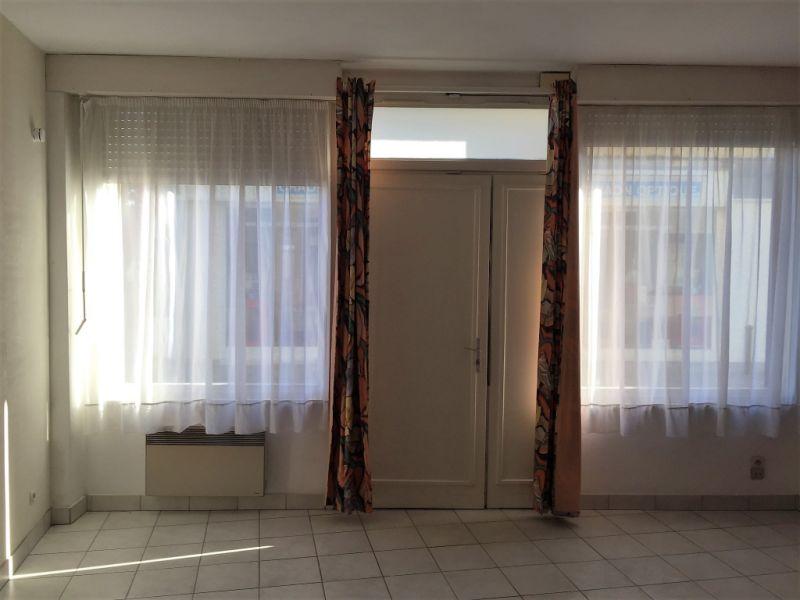 Location appartement Craon 342€ CC - Photo 1