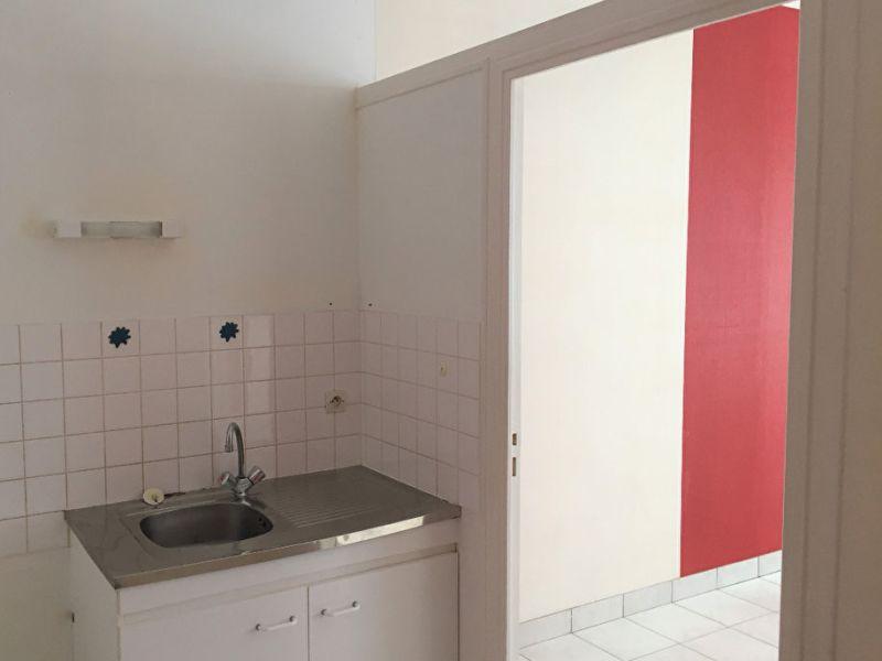 Location appartement Craon 342€ CC - Photo 2