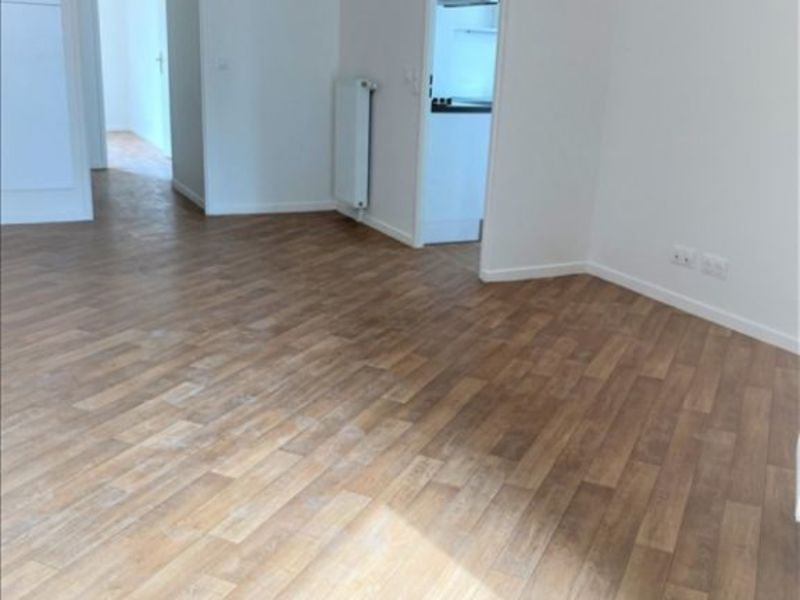Rental apartment La plaine st denis 1 285€ CC - Picture 2