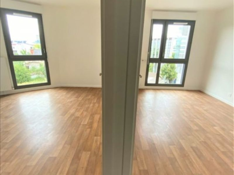 Rental apartment La plaine st denis 1 285€ CC - Picture 5