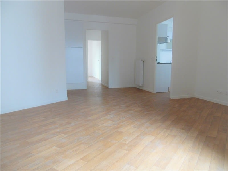 Rental apartment La plaine st denis 1 285€ CC - Picture 8
