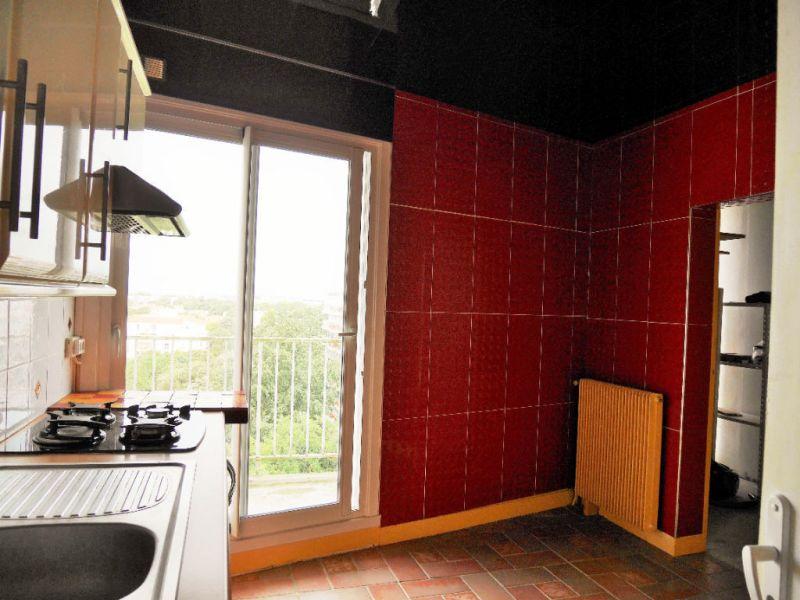 Sale apartment La rochelle 286200€ - Picture 6