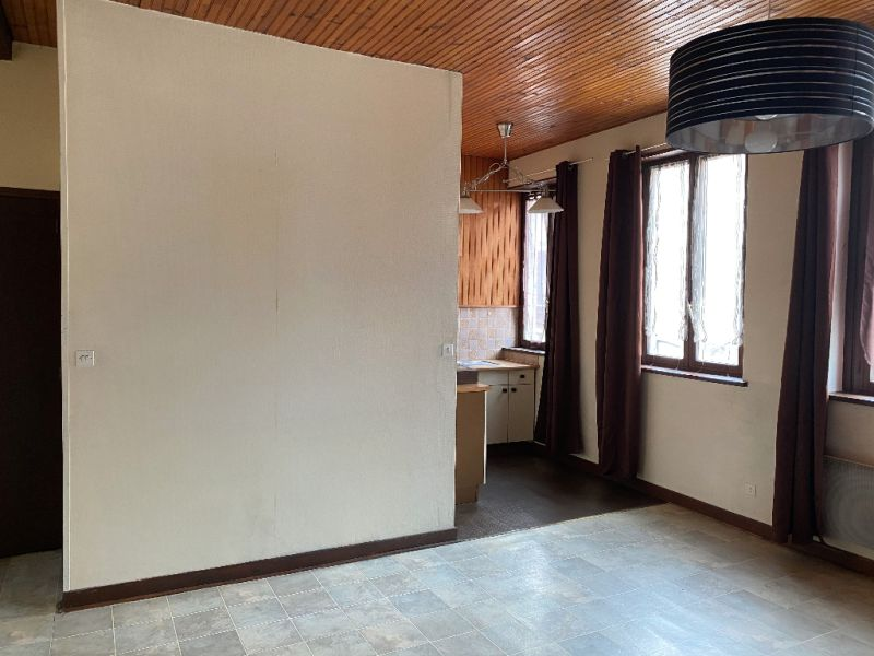 Sale apartment Lille 124500€ - Picture 2