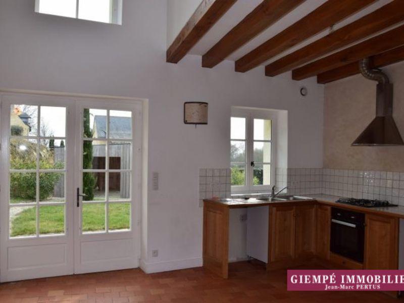 Rental house / villa Échemiré 705€ CC - Picture 4